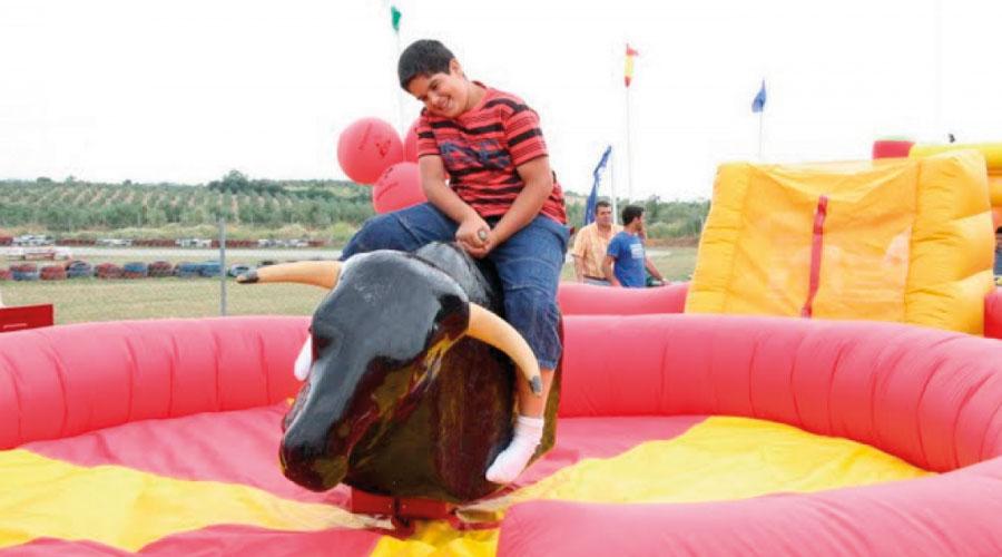 alquiler de toro mecánico en Grazalema